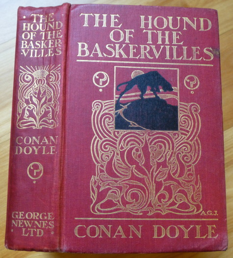 THE HOUND OF THE BASKERVILLES. A. Conan Doyle.